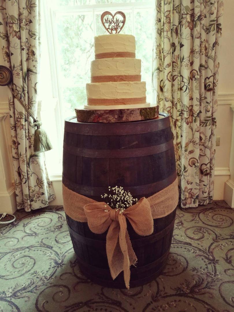 Log slice cake stand 19